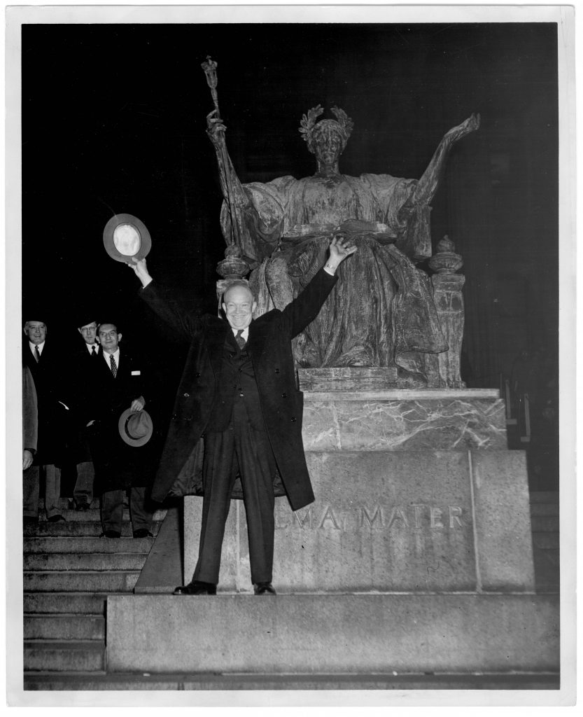 Dwight D. Eisenhower saying goodbye to Columbia University on January 16, 1953.